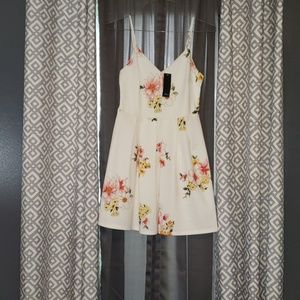 NWT beautiful ivory boutique sundress